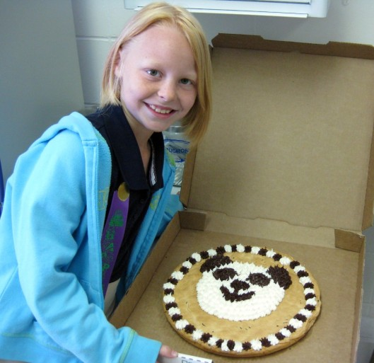 kenzie-and-cookie-cake1