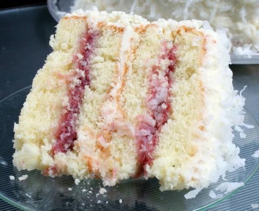 Raspberry Preserves Filling Bundt Cake